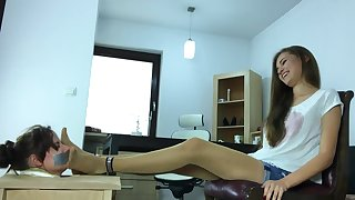 Vasylyna force pantyhose and feet smell