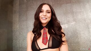 Ariana Marie - Young Buns