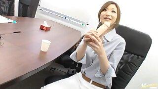 Video of Japanese secretary Karen Fujiki sucking a dildo in the office
