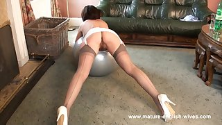 English Mature in Vintage Slip